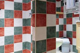 salle de bain L03 (002).jpg